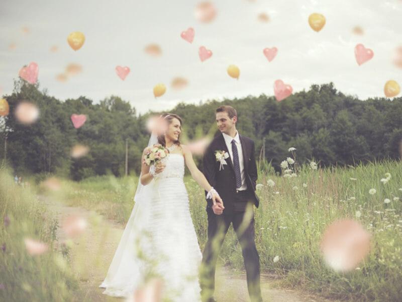 結婚式のムービー制作費用を抑えるための3つの方法